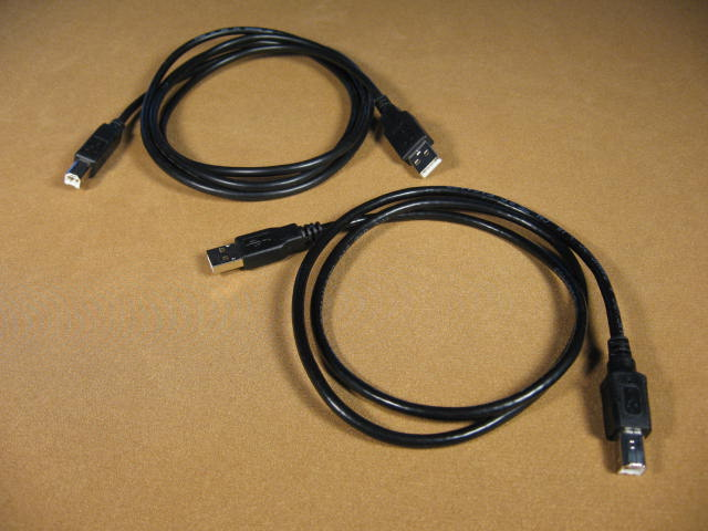 USB CABLES PHOTO